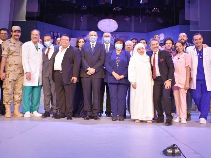 إيناس عبد الدايم -وزيرة الثقافة- خلال عرض الوصية