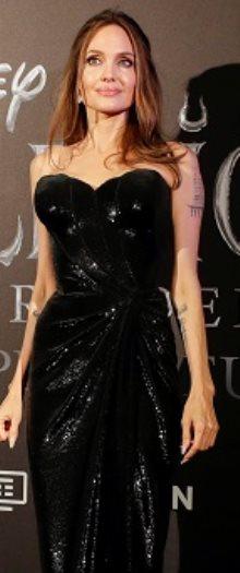 انجلينا جولى