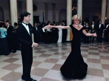 الأميرة ديانا و جون ترافولتا