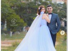 إيناس عز الدين وزوجها