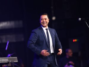 مدحت صالح يحيى حفل رأس السنة فى جامعة مصر للعلوم والتكنولوجيا