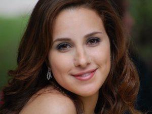 شيرى عادل تواجه انتقادات زواجها بغلق حسابها على تويتر