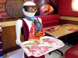 افتتاح أول مطعم يستخدم الروبوت بدلا من الطاهى بمدينة بوسطن الأمريكية