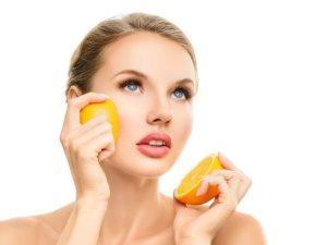 مسحوق قشر البرتقال يخلصك من الرؤوس السوداء والبثور