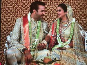 شاهد.. ابنة أغلى رجل فى الهند تحتفل بزفافها