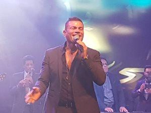 أغنية الهضبة عمرو دياب «كل حياتى» تقترب من المليون الأول