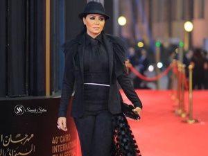 رانيا يوسف بعد انتقادها بمهرجان القاهرة: «اكسر القواعد وعيش على طريقتك»