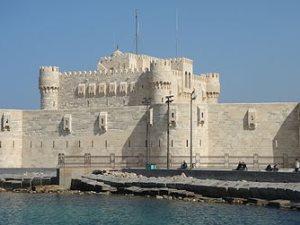 عرض لسان قلعة قيتباى للتأجير دون علم الآثار واجتماع اليوم لحسم الأمر