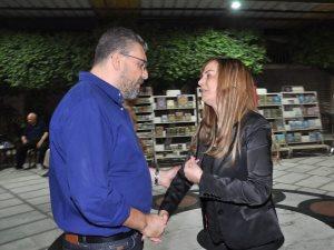 صور.. عمرو الليثى ومصطفى بكرى فى عزاء والد الإعلامية جيهان منصور