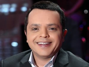 بعد غياب 20 عاما.. محمد هنيدى فى الجامعة الأمريكية تحت شعار «خلف راجع»
