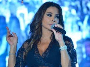 إليسا لكل من اتهمها بسرقة لحن أغنيتها الجديدة: «أنتوا بتقوونى»