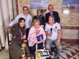 صور.. مهرجان الإسكندرية يسلم النجمة نادية لطفى درع «عروس البحر»