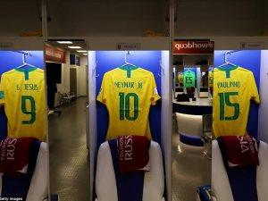 طقوس اللاعبين فى غرف ملابس كأس العالم.. تأبين مولر.. مذبح الأرجنتين.. ضريح بيرو