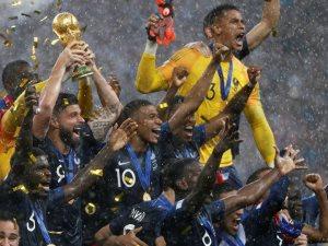 شاهد.. أهداف نهائى كأس العالم بين فرنسا وكرواتيا بأقدام الأطفال