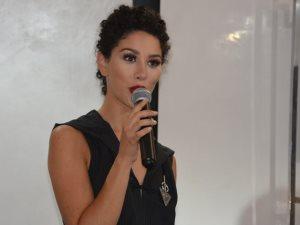 المغربية «دياز» نجمة ذا فويس فرنسا  تطلق «لسانك ماضى»
