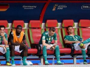 ألمانيا وإيطاليا وهولندا بقائمة أسوأ المنتخبات والأندية فى 2018