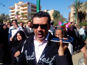 فيديو وصور.. تشييع جثمان الفنان حسن كامى من مسجد السيدة نفيسة