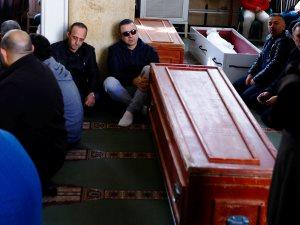 تعرف على سبب تأخير تحرك سيارة نقل جثمان سعيد عبد الغنى