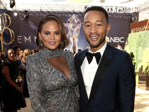 فيديو وصور.. تعرف على أجمل couples بحفل Emmy Awards لعام 2018